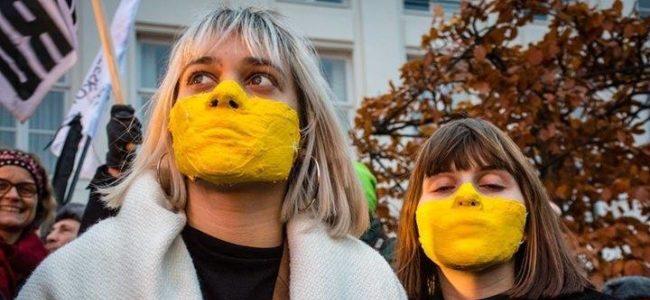 Gele gezichten