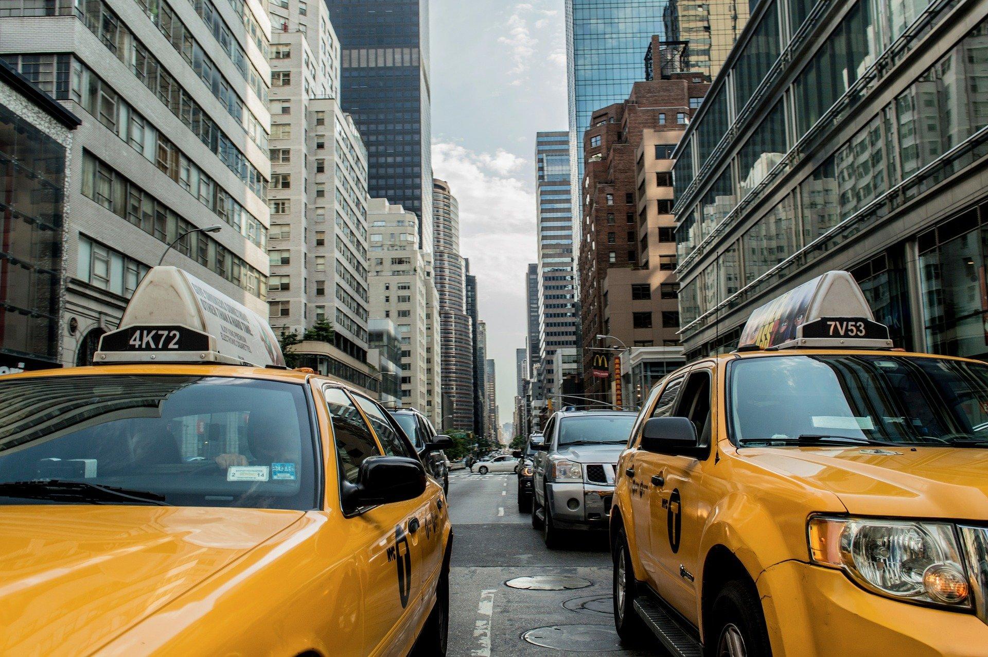 Taxi cab 381233 1920